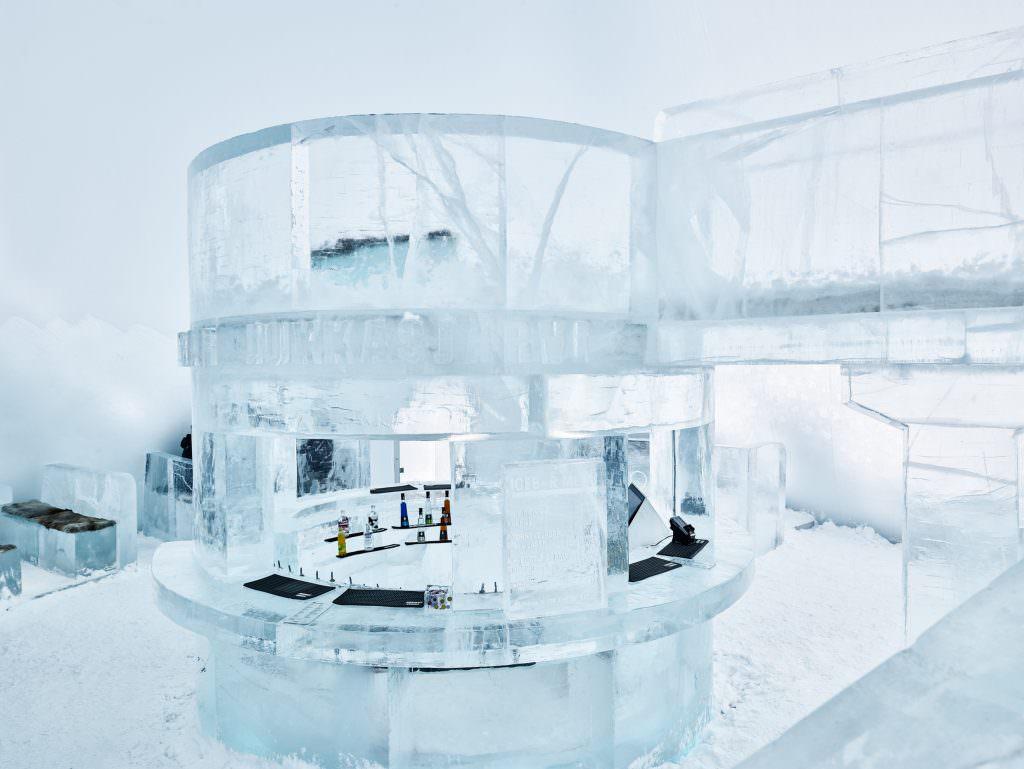 hans-olof_utsi-ice_bar_at_icehotel-5322